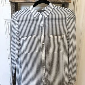 SMART SET Blue & White Striped Button Down Blouse